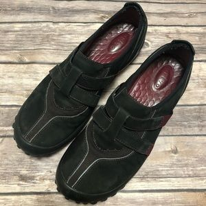 Clark's Privo Black leather shoes, size 8.5